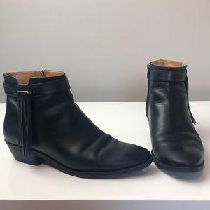 Nine West Black Leather Ankle Booties w Fringe